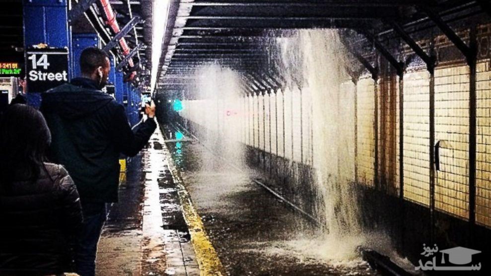 (فیلم) سیل در متروی نیویورک