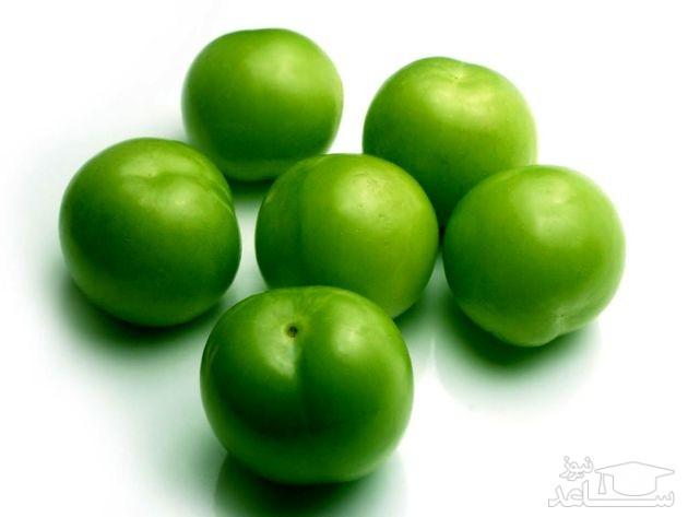 هسته گوجه سبز دارای سیانور میباشد!