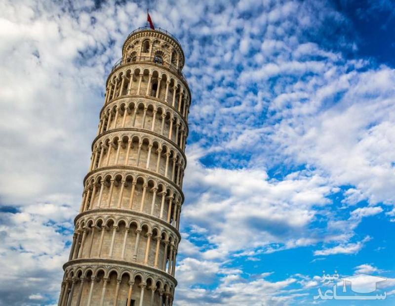 علت کج بودن برج پیزا چیست؟