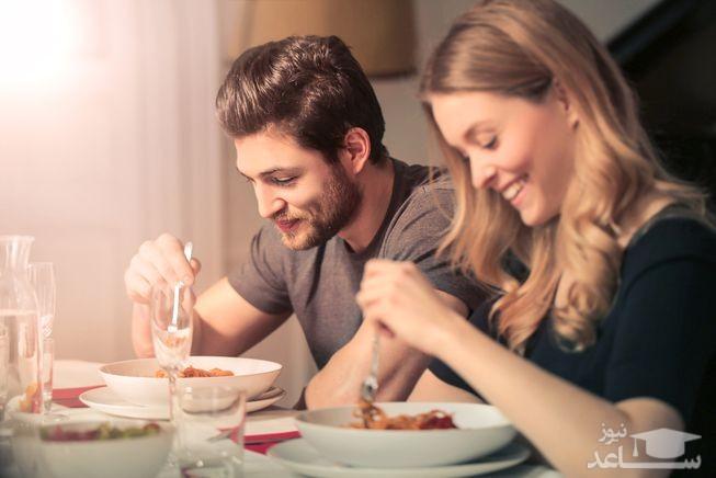 قبل از رابطه جنسی این 13 ماده غذایی را نخورید!