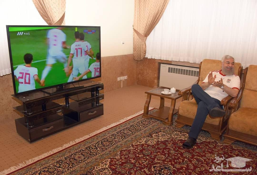 تصویری از آقای روحانی با لباس تیم ملی