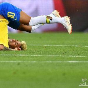 عکسی از کله پا شدن نیمار در جام جهانی