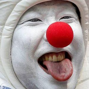 تصاویری از بامزه ترین تماشاگران ژاپنی