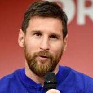 آرژانتینی ها درخواست بازنشستگی مسی را دارند