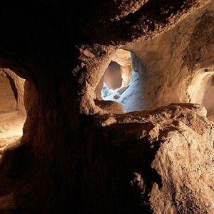 (عکس) شهر تاریخی و زیر زمینی سامن