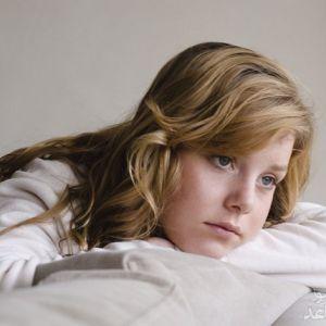 مسائل بلوغ و قاعدگی را چگونه به دختران نوجوان آموزش دهیم؟