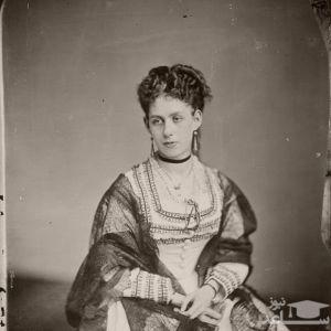 (عکس) تصاویری از لباس های زنان آمریکا در 150 سال پیش