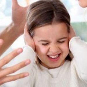 آیا میدانید دعوا پیش فرزندتان چه عواقبی دارد؟