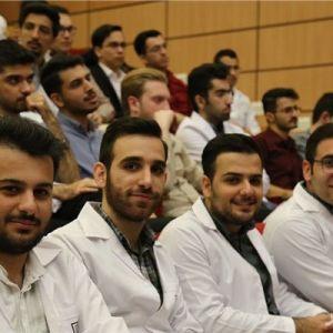 حمایت علمی از دانشجویان برتر شاهد و ایثارگر گروه علوم پزشکی
