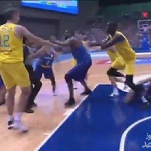 (فیلم) کتک کاری در بازی دو تیم مدعی آسیا