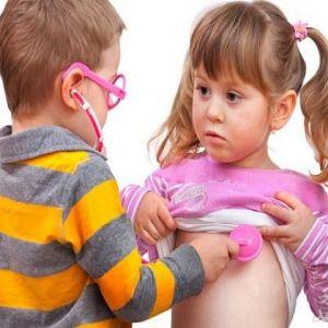 با کودکانمان درباره عشق، اخلاقیات و مسائل جنسی حرف بزنیم