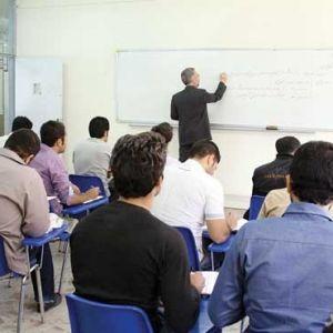 جذب سالانه دوهزار هیأت علمی از فارغ التحصیلان دکتری
