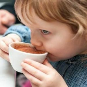 عوارض شدید قهوه برای کودکان !