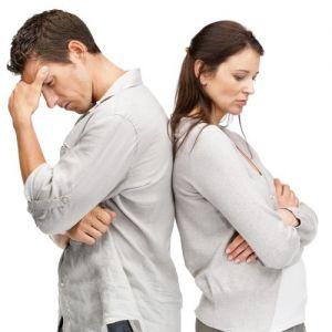 مقایسه همسر با دیگران چه آسیبی به زندگی میزند؟