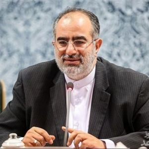 (عکس) واکنش معنادار مشاور روحانی به گرانی دلار و سکه