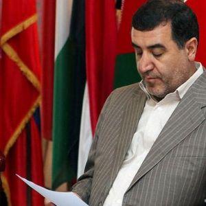 نماینده مجلس: اقتصاد ایران در حال فروپاشی است