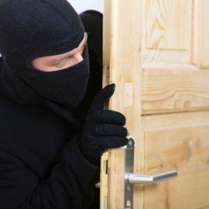 (عکس) نامه یک دزد برای صاحبخانه!