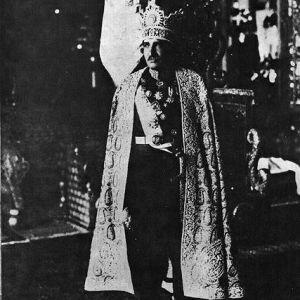 (عکس)  تاجگذاری رضا شاه پهلوی