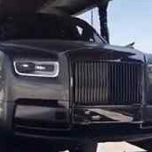 (ویدئو) تصاویر منتشر شده از رولز رویس نیم میلیون دلاری در جهرم