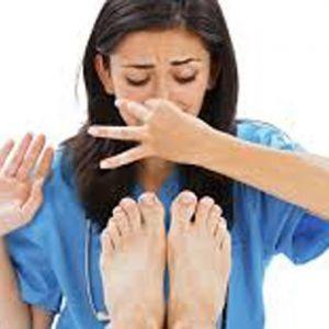 الکل ماده ای مناسب برای رفع بوی بد پا !