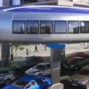 (فیلم) وسیله نقلیه هیجان انگیزی که ترافیک را دور میزند!