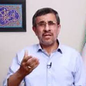 (فیلم) احمدی نژاد از روحانی خواست تا استعفا دهد !