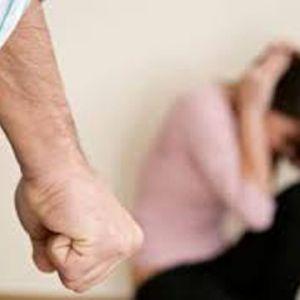 10 نشانه اصلی مردانی که از زنان سوءاستفاده میکنند!