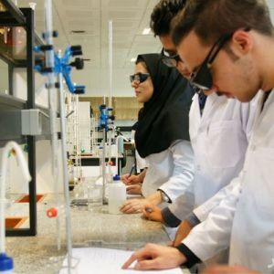 آموزش کارآفرینی و نوآوری به دانشجویان تحصیلات تکمیلی علوم پزشکی