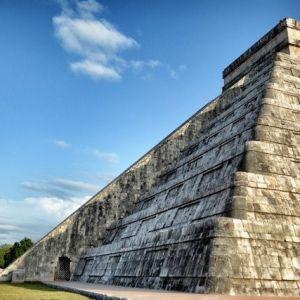 با واقعیت مجازی از بناهای تاریخی بازدید کنید