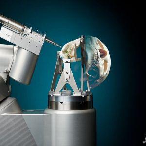ربات ها جراح جمجمه میشوند!