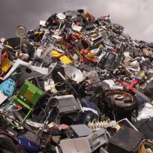 (فیلم) گنج نهفته در گورستان های زباله !