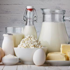 خوردن لبنیات برای روزه دار مضر است یا مفید؟