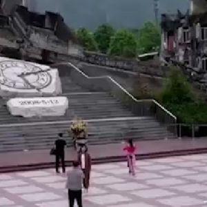 (فیلم)شهری که در آن، زمان از حرکت ایستاده است !