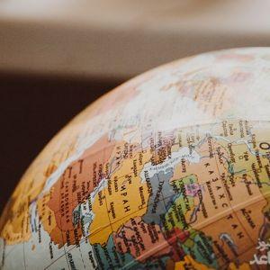 آشنایی با رشته علوم سیاسی و روابط بین الملل و بازار کار آن