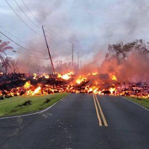 (فیلم) تخریب 37خانه توسط آتشفشان هاوایی