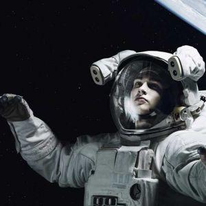 چرا لباس فضانوردان سفید است؟