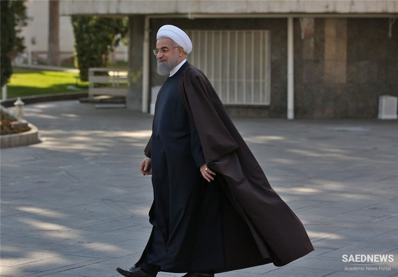 Iranian President Stresses Administration's Care for National Unity