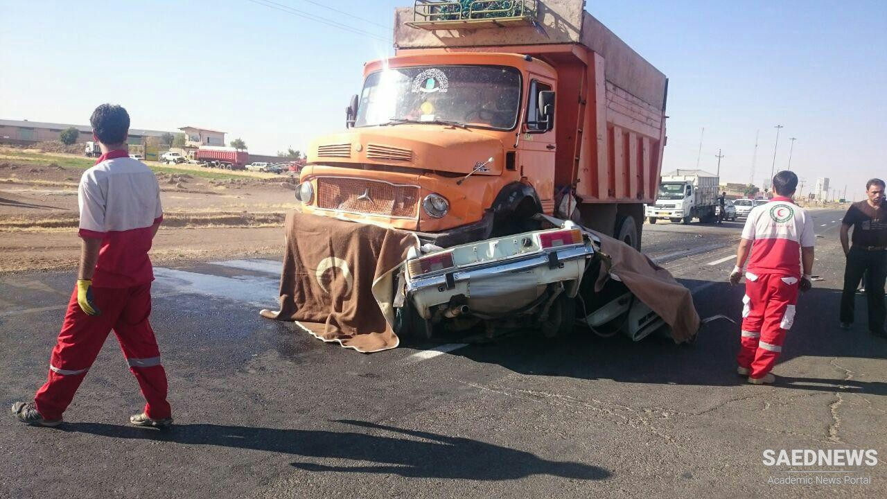 Moment of Horror: Pickup Crushed between Two Giant Trucks