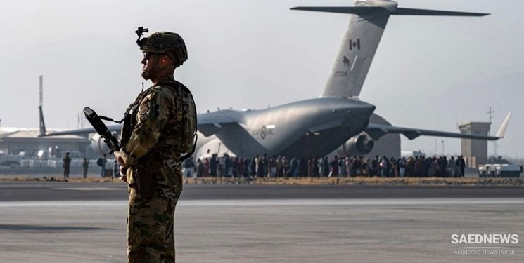 US Warns Americans of Potential 'Threats' at Kabul Airport as Military Faces Growing Calls to Do More to Evacuate Afghanistan