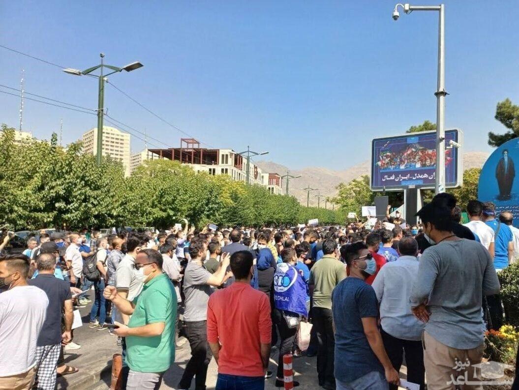 تجمعکنندگان استقلالی از مجیدی خط گرفته بودند؟