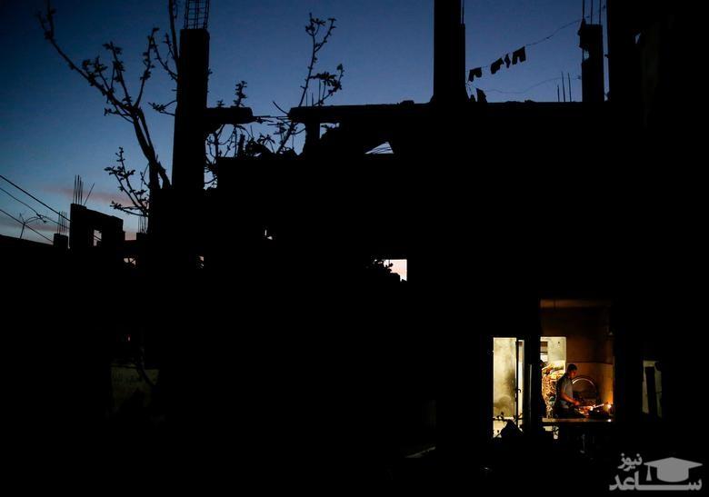 زندگی در خانه آسیب دیده از بمباران اخیر اسراییل در نوار غزه