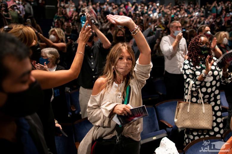 بازگشایی سالن تئاتر شهر نیویورک آمریکا پس از بیش از یک سال تعطیلی به دلیل همه گیری ویروس کرونا/ رویترز