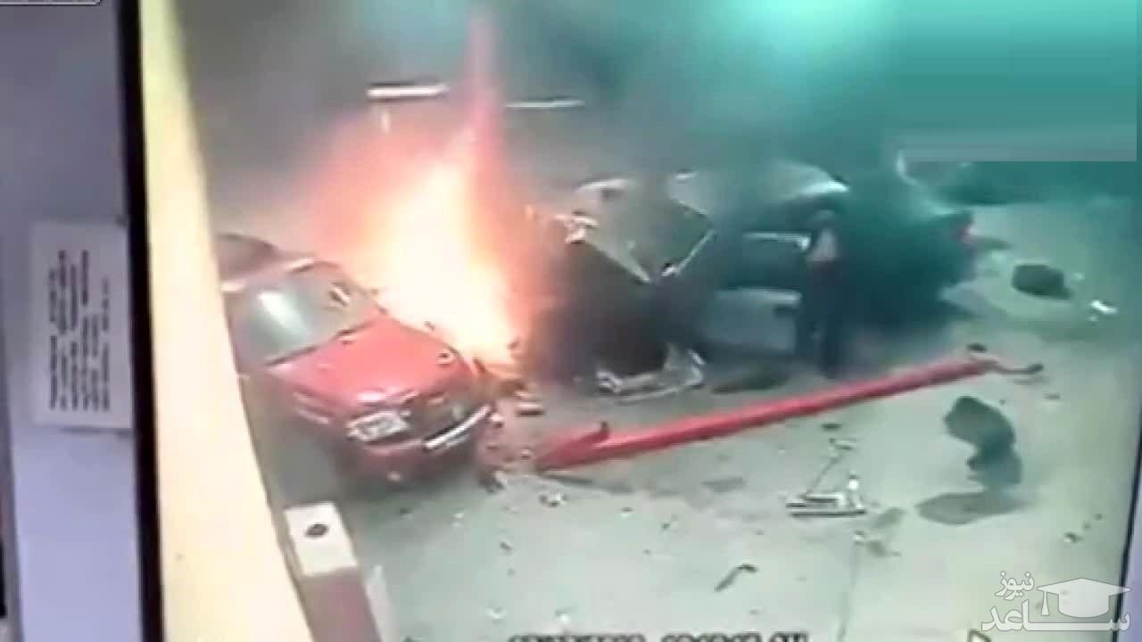 (فیلم) برخورد خودرو با پمپ بنزین در ایالت نیوجرسی آمریکا