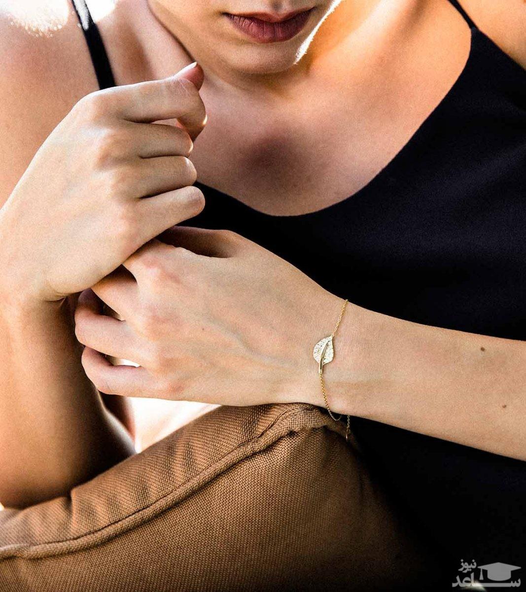 آشنایی با انواع مدل های دستبند زنانه