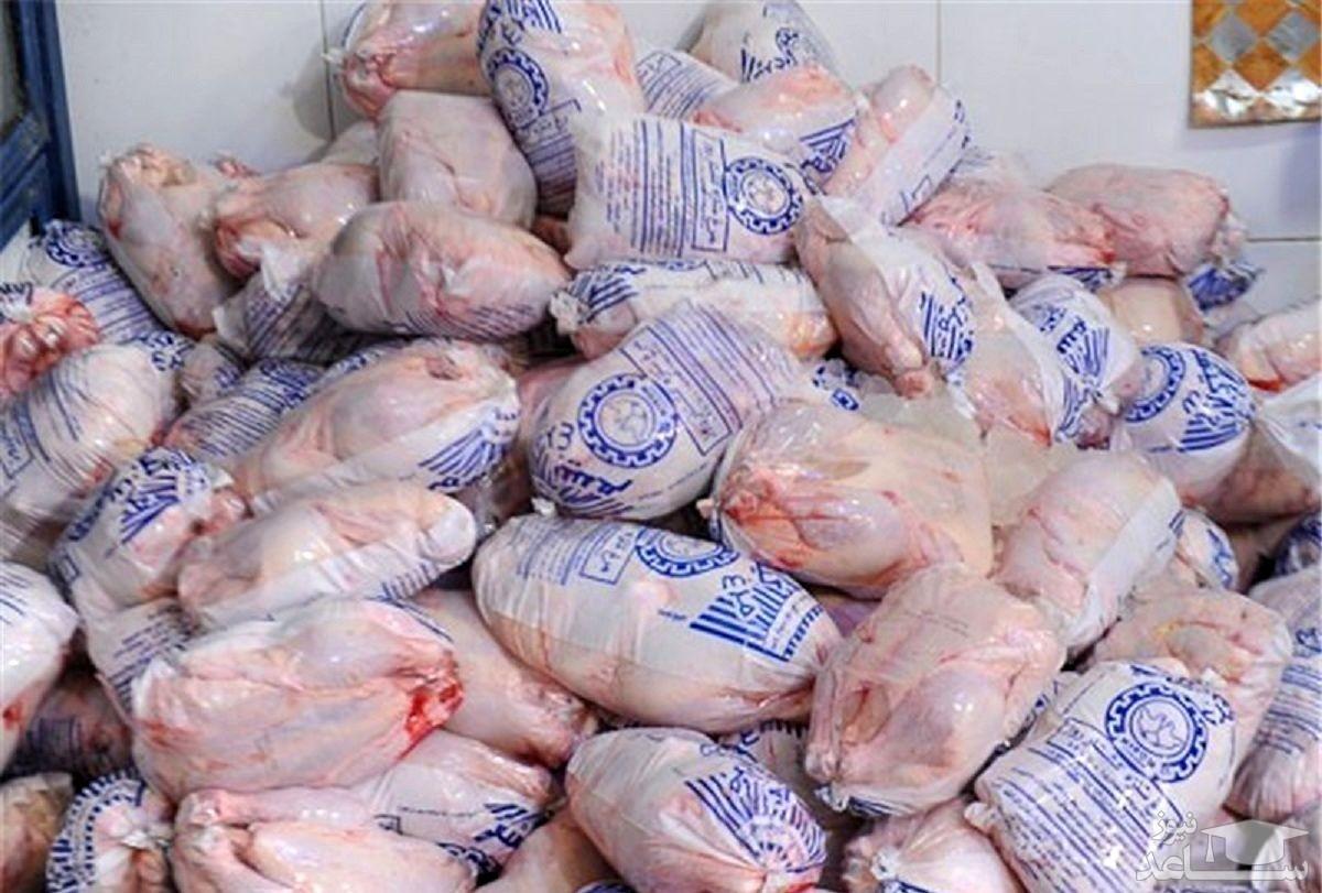توزیع مرغ با قیمت مصوب در بازار نوروزی