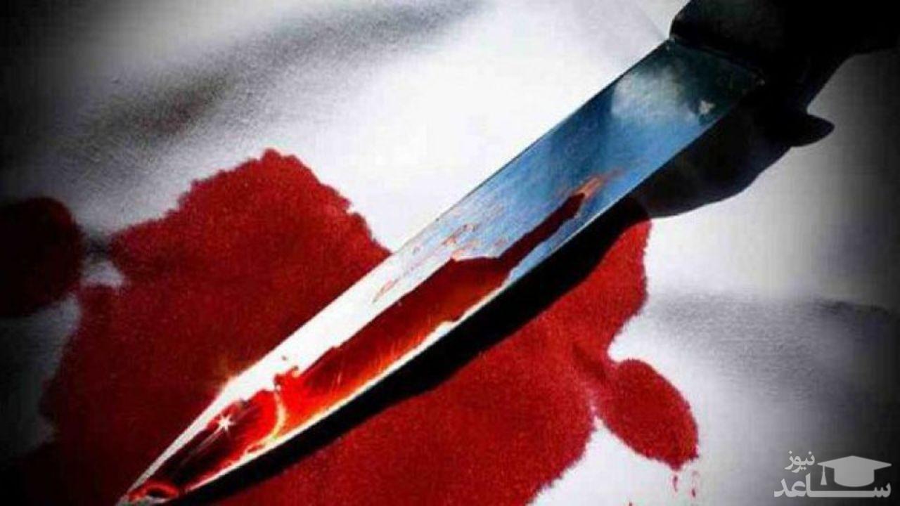 فوتبالیست شیشهای دست به چاقو شد