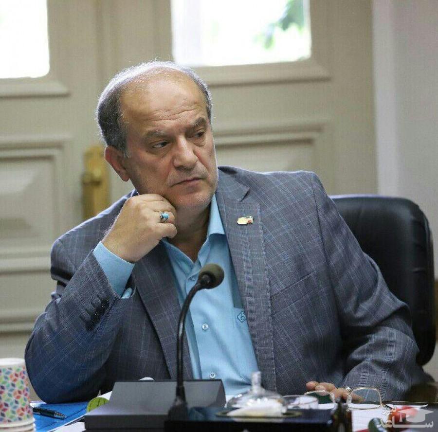 انتقاد از کمبودن حقوق ۱۴میلیونیِ آقای شهردار!