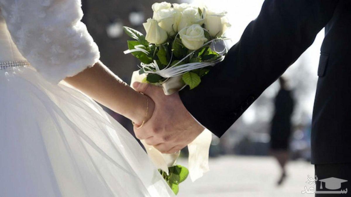 ازدواج عجیب همزمان با دو دختر در یک مراسم عروسی!