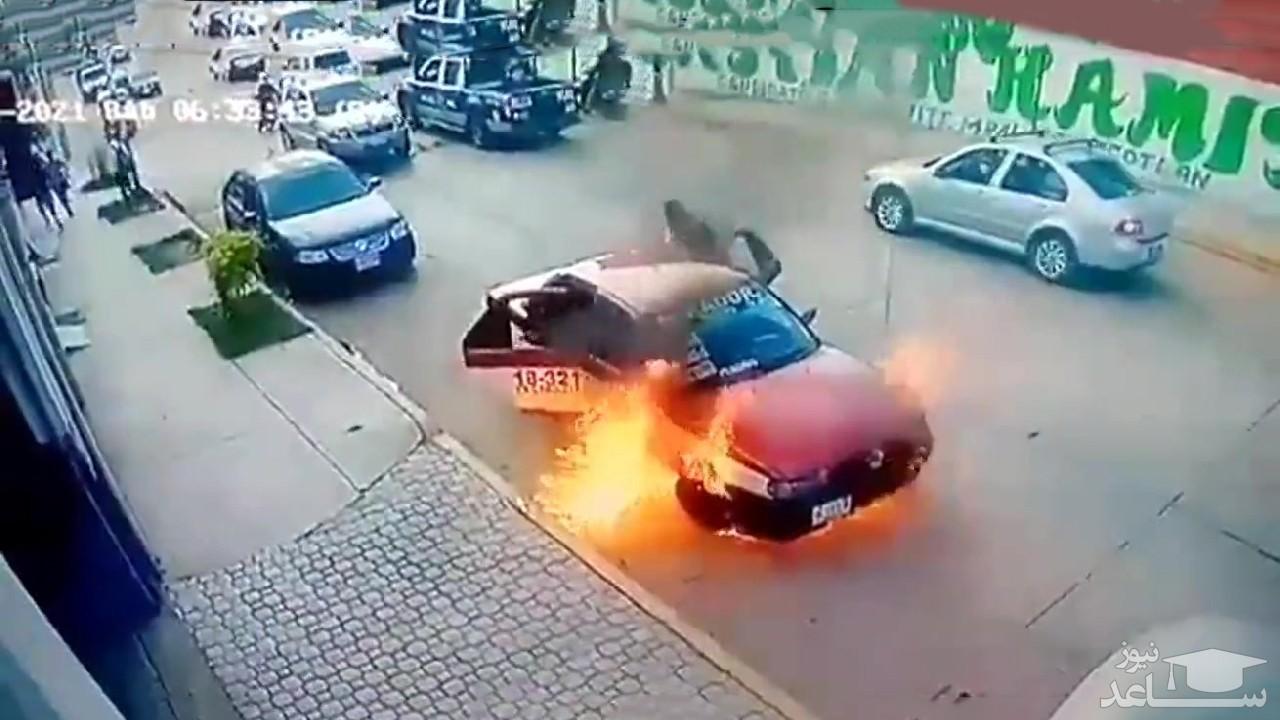 (فیلم) آتش گرفتن تاکسی به دلیل نقص فنی