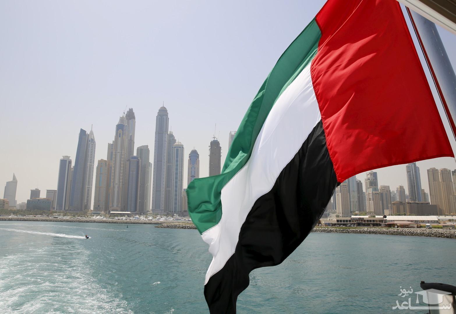 امارات صدور ویزا برای اتباع ایران را متوقف کرد